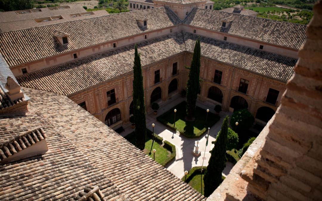 UCAM: la formazione d'eccellenza incontra i valori. Vivi un'esperienza unica in Spagna ed ottieni un titolo ufficiale europeo.